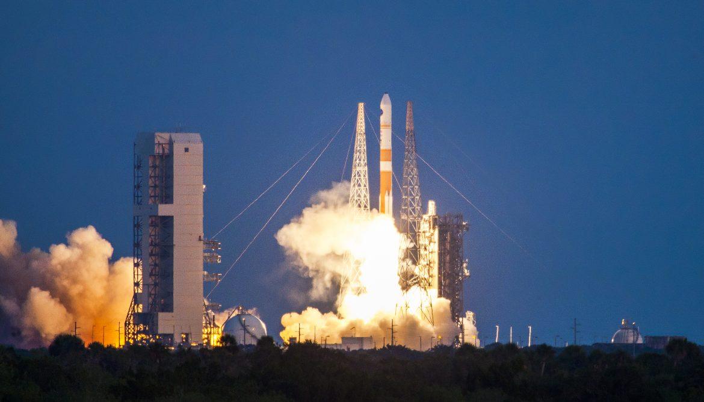 Delta IV ULA launch ksc cape canaveral july 2015 space rocket lift-off